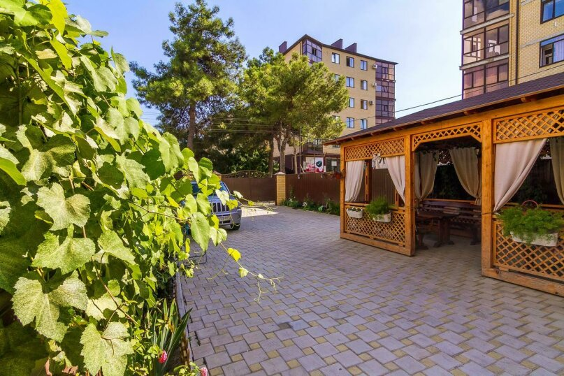 Гостевой дом «РИЧ», улица Самбурова, 211 на 25 комнат - Фотография 6
