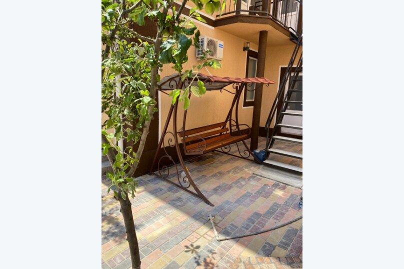 """Гостевой дом """"Ri Hotel-Крым"""", Приозёрная улица, 64 на 22 комнаты - Фотография 7"""