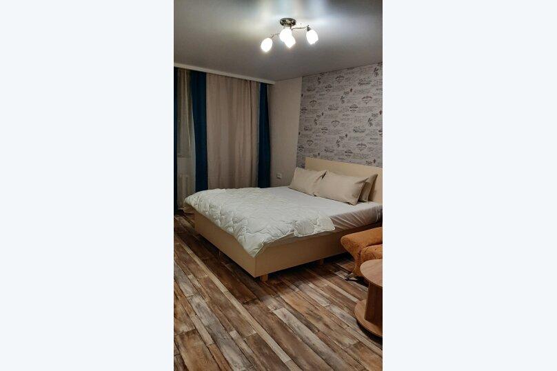 1-комн. квартира, 40 кв.м. на 4 человека, улица Павленко, 42, Симферополь - Фотография 1