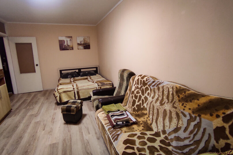 1-комн. квартира, 32 кв.м. на 4 человека, улица Сурикова, 4, Алупка - Фотография 4