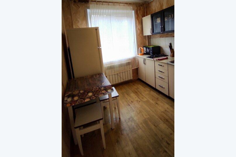 1-комн. квартира, 32 кв.м. на 4 человека, улица Сурикова, 4, Алупка - Фотография 12