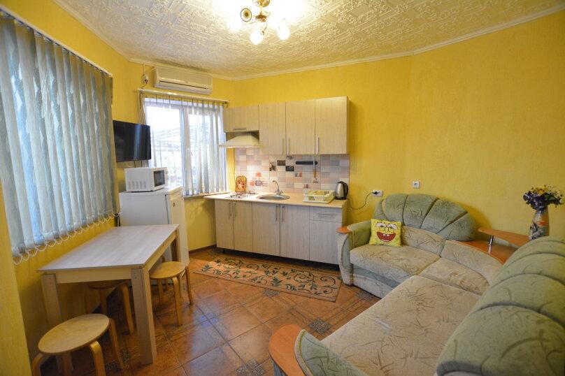 Семейный номер с кухней 5, улица Волошина, 42, Береговое, Феодосия - Фотография 1