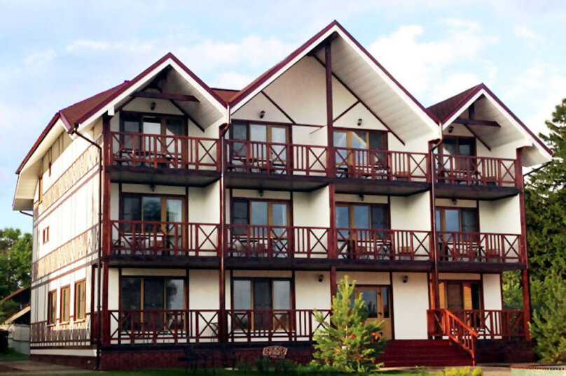 Гостиница 1155158, улица Коммуны, 25 на 15 комнат - Фотография 1