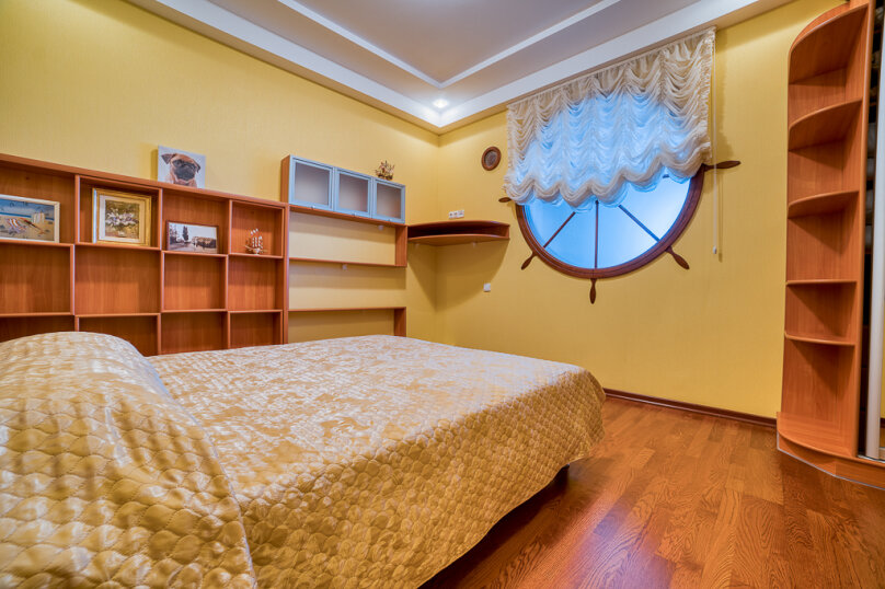 2-комн. квартира, 80 кв.м. на 6 человек, Приморский парк им. Гагарина, 11, Ялта - Фотография 25