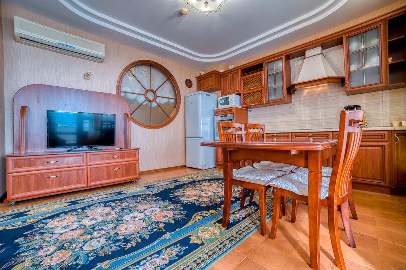 2-комн. квартира, 80 кв.м. на 6 человек, Приморский парк им. Гагарина, 11, Ялта - Фотография 37