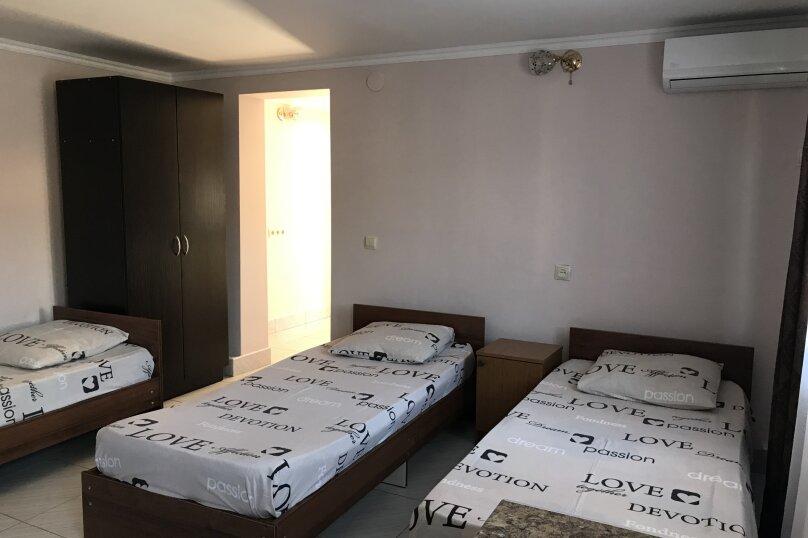 """Гостевой дом """"Оазис"""", улица Гобечия, 42 на 4 комнаты - Фотография 43"""