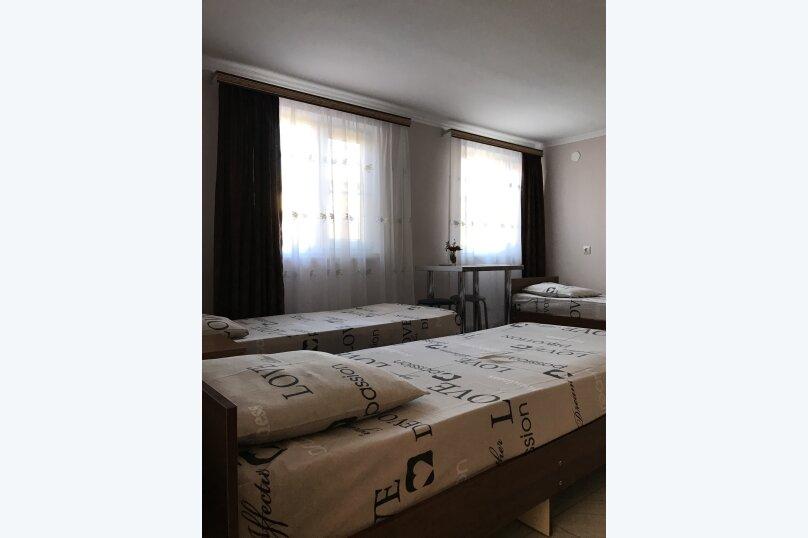 """Гостевой дом """"Оазис"""", улица Гобечия, 42 на 4 комнаты - Фотография 45"""