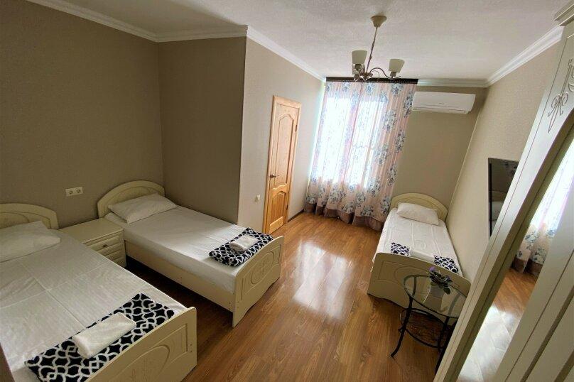 """Гостевой дом """"Белый виноград"""", улица Демерджипа, 12 на 4 комнаты - Фотография 4"""