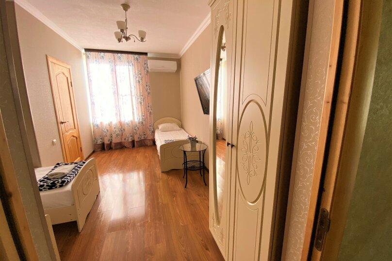 """Гостевой дом """"Белый виноград"""", улица Демерджипа, 12 на 4 комнаты - Фотография 5"""