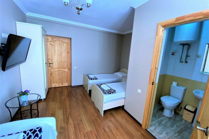 """Гостевой дом """"Белый виноград"""", улица Демерджипа, 12 на 4 комнаты - Фотография 8"""