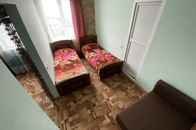 """Гостевой дом """"Подсолнух"""", Весенняя улица, 18А на 17 комнат - Фотография 17"""