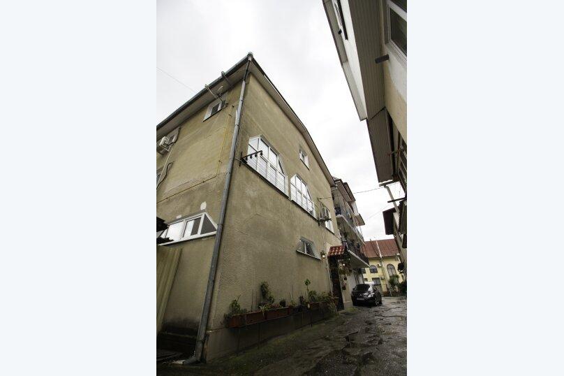 """Гостевой дом """"На Мира"""", улица Мира, 36А/1 на 13 комнат - Фотография 12"""