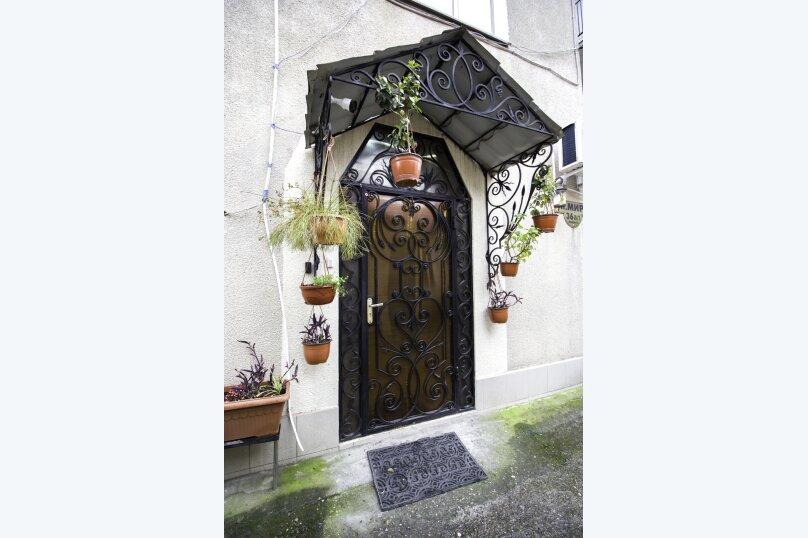 """Гостевой дом """"На Мира"""", улица Мира, 36А/1 на 13 комнат - Фотография 13"""
