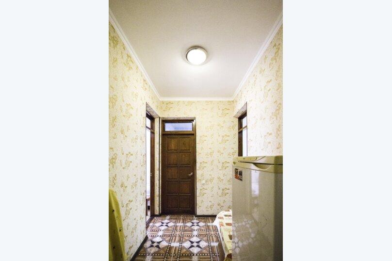 """Гостевой дом """"На Мира"""", улица Мира, 36А/1 на 13 комнат - Фотография 49"""