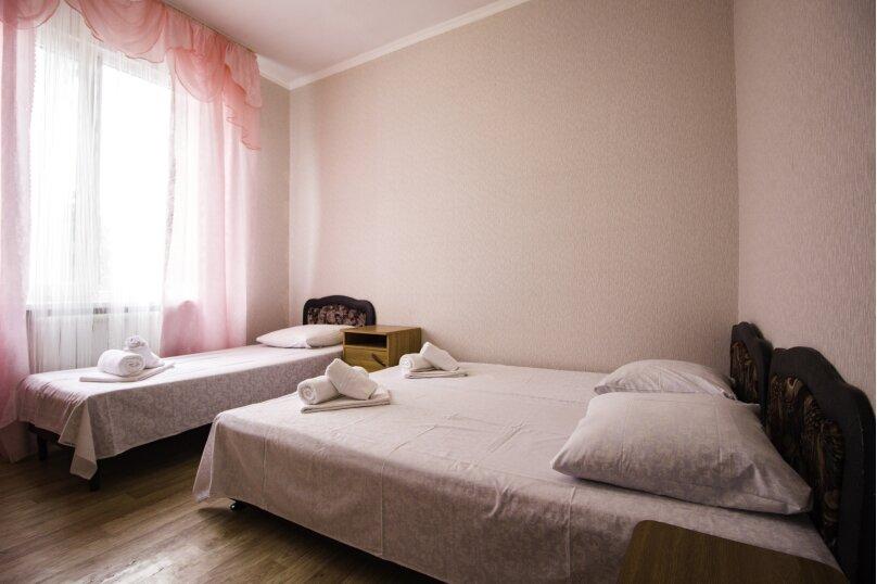 """Гостевой дом """"На Мира"""", улица Мира, 36А/1 на 13 комнат - Фотография 60"""