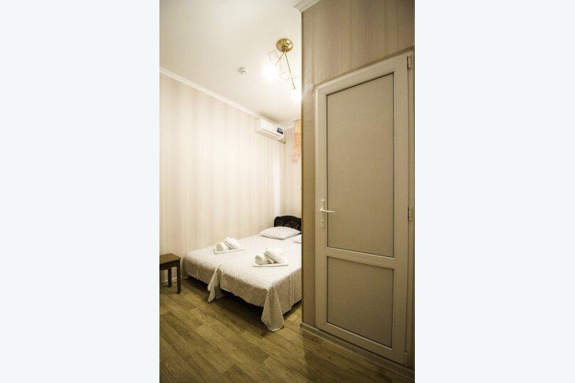 """Гостевой дом """"На Мира"""", улица Мира, 36А/1 на 13 комнат - Фотография 71"""