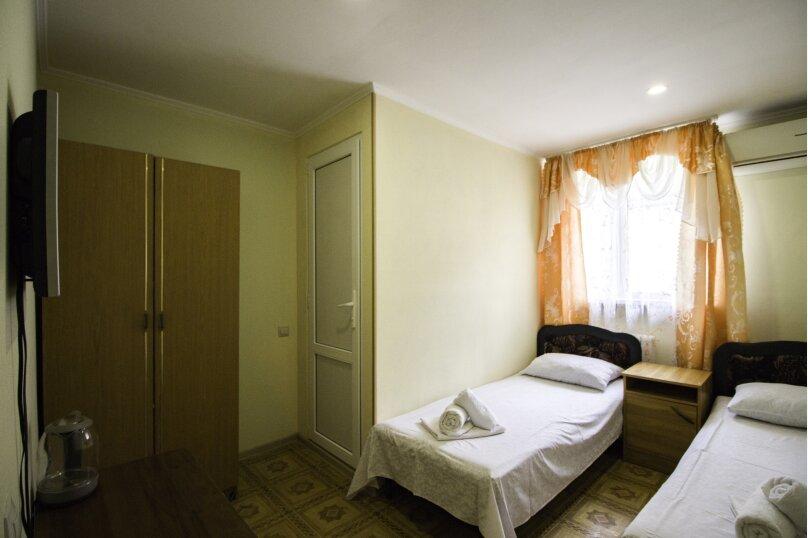 """Гостевой дом """"На Мира"""", улица Мира, 36А/1 на 13 комнат - Фотография 134"""