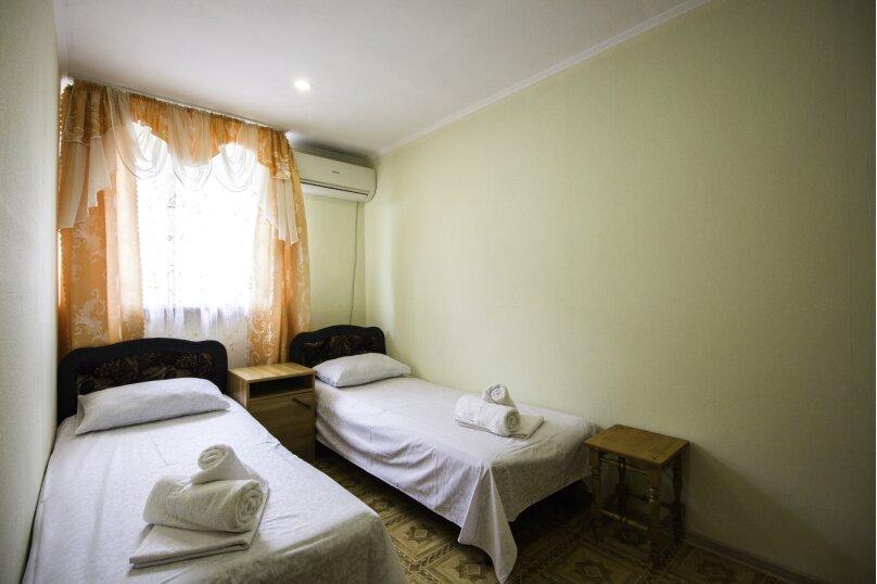 """Гостевой дом """"На Мира"""", улица Мира, 36А/1 на 13 комнат - Фотография 137"""