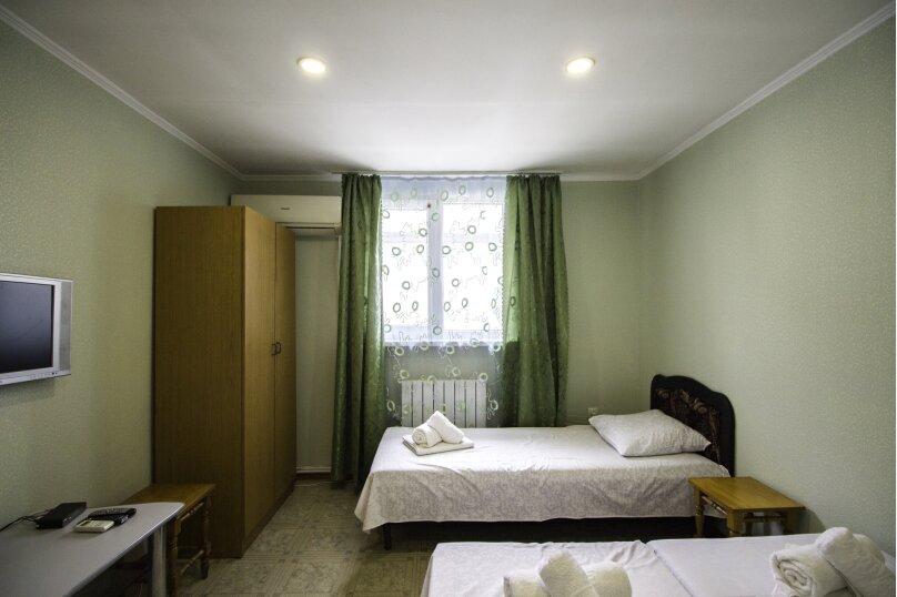 """Гостевой дом """"На Мира"""", улица Мира, 36А/1 на 13 комнат - Фотография 145"""