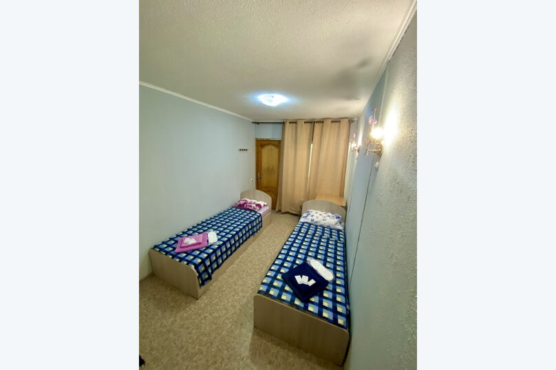 "Гостевой дом ""Лука"", улица Свердлова, 27Б на 8 комнат - Фотография 23"