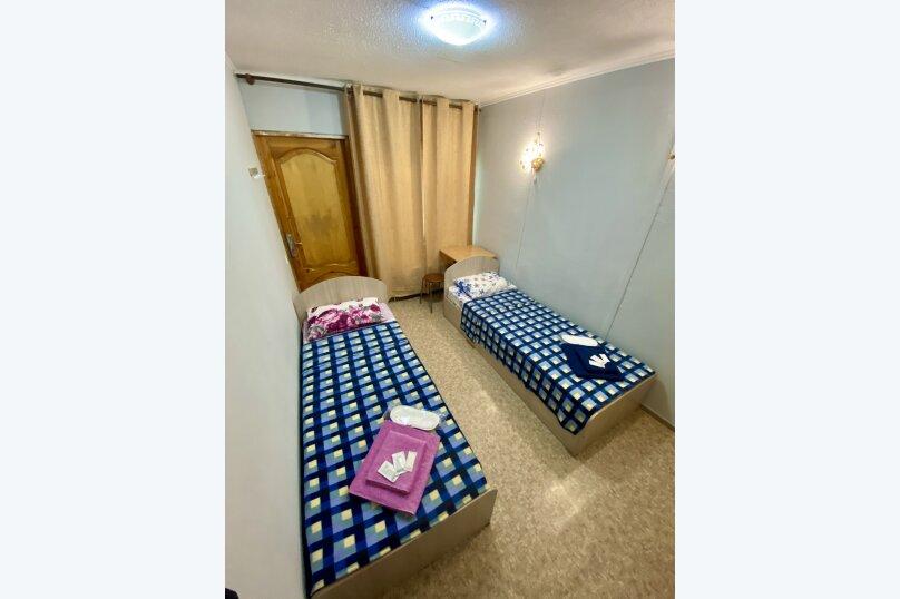 "Гостевой дом ""Лука"", улица Свердлова, 27Б на 8 комнат - Фотография 25"