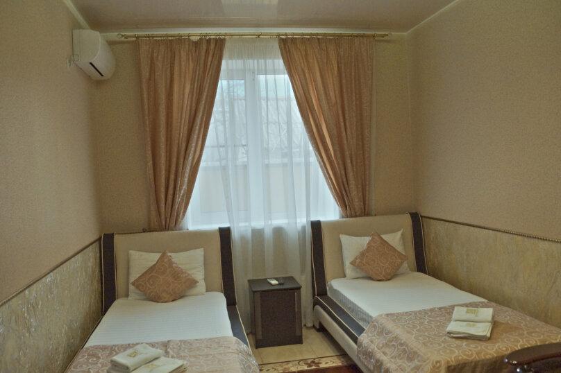 Стандартный номер с балконом с двумя раздельными кроватями, Молодёжная улица, 34А, Вардане - Фотография 2