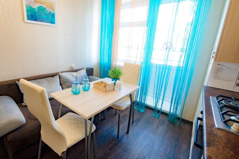 1-комн. квартира, 41 кв.м. на 4 человека, улица Петра Ермолаева, 4, Чебоксары - Фотография 19