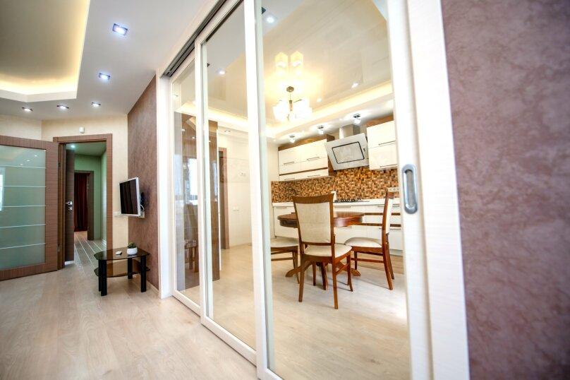 2-комн. квартира, 75 кв.м. на 4 человека, проспект Ленина, 7Б, Чебоксары - Фотография 5