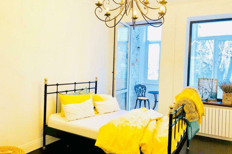 2-комн. квартира, 60 кв.м. на 4 человека, улица Адмирала Макарова, 17, Севастополь - Фотография 2