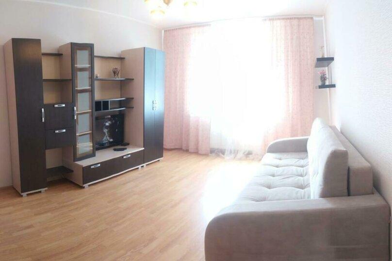 2-комн. квартира, 80 кв.м. на 6 человек, Чистопольская улица, 68, Казань - Фотография 2