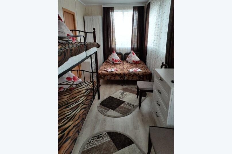 """Гостевой дом """"Ирина"""", Азовская улица, 1 на 7 комнат - Фотография 40"""