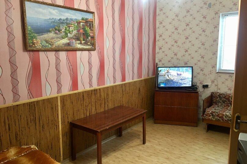 """Гостевой дом """"Наталья"""", улица Водовозовых, 9-А на 2 комнаты - Фотография 16"""