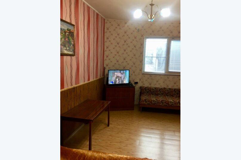 """Гостевой дом """"Наталья"""", улица Водовозовых, 9-А на 2 комнаты - Фотография 17"""