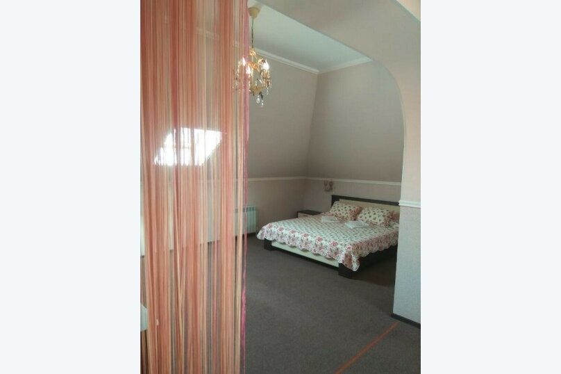 Гостевой дом «РИЧ», улица Самбурова, 211 на 25 комнат - Фотография 39