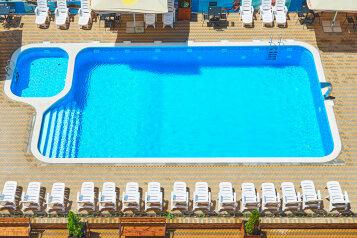 """Отель """"Alfa Summer"""", Пионерский проспект, 257С на 82 номера - Фотография 1"""