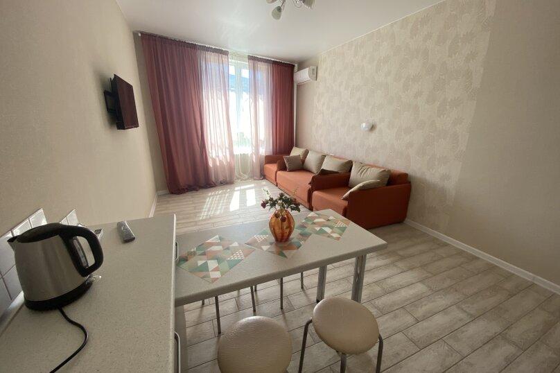 Апартаменты-студио в «ЖК Алмаз», улица Блюхера, 19 на 10 номеров - Фотография 39