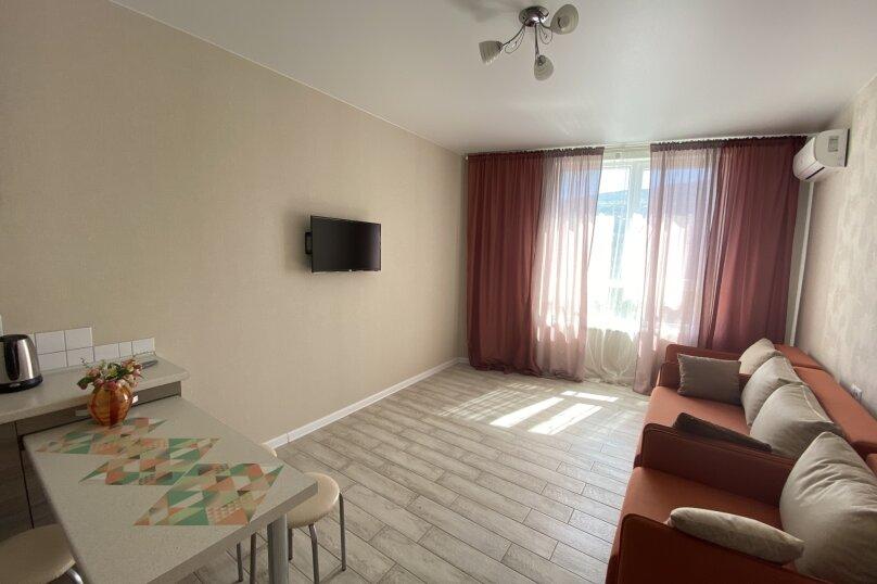 Апартаменты-студио в «ЖК Алмаз», улица Блюхера, 19 на 10 номеров - Фотография 43