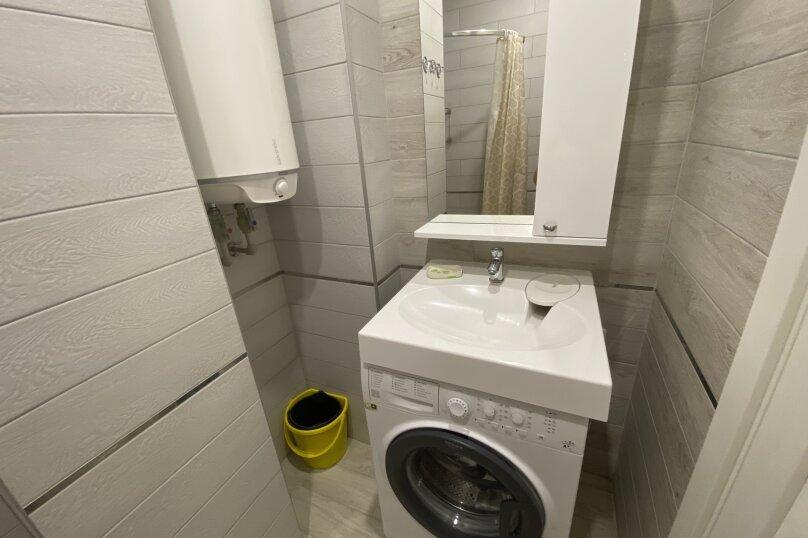 Апартаменты-студио в «ЖК Алмаз», улица Блюхера, 19 на 10 номеров - Фотография 51