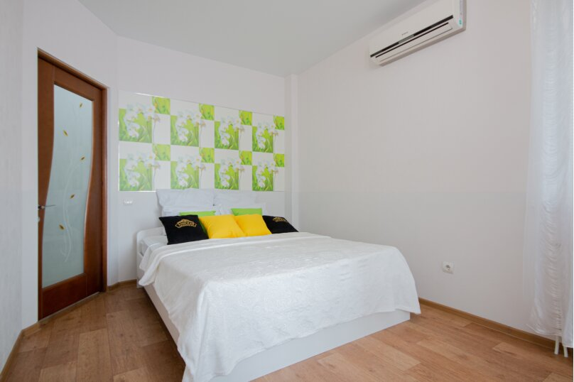 1-комн. квартира, 47 кв.м. на 4 человека, Донецкая улица, 16А, Волгоград - Фотография 1