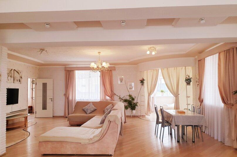 Дом , 600 кв.м. на 12 человек, 7 спален, с. Павловка, Переулок Лебединый, 22, Орлиное - Фотография 19