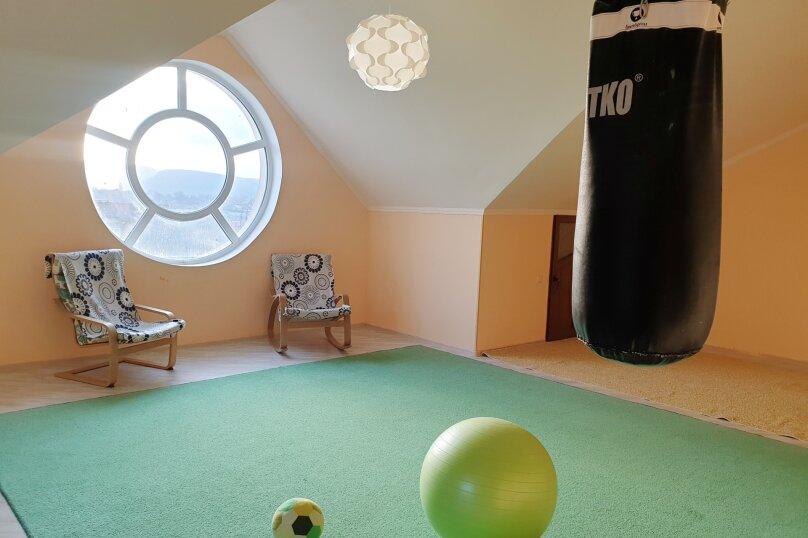 Дом , 600 кв.м. на 12 человек, 7 спален, с. Павловка, Переулок Лебединый, 22, Орлиное - Фотография 24