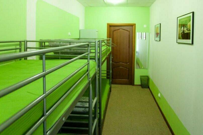 Четырехместный номер общий, Большой проспект П.С., 43, Санкт-Петербург - Фотография 1