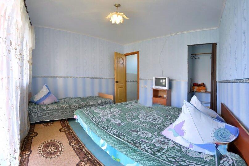 Трехместные номера, Приморская улица, 6, Солнечногорское - Фотография 1