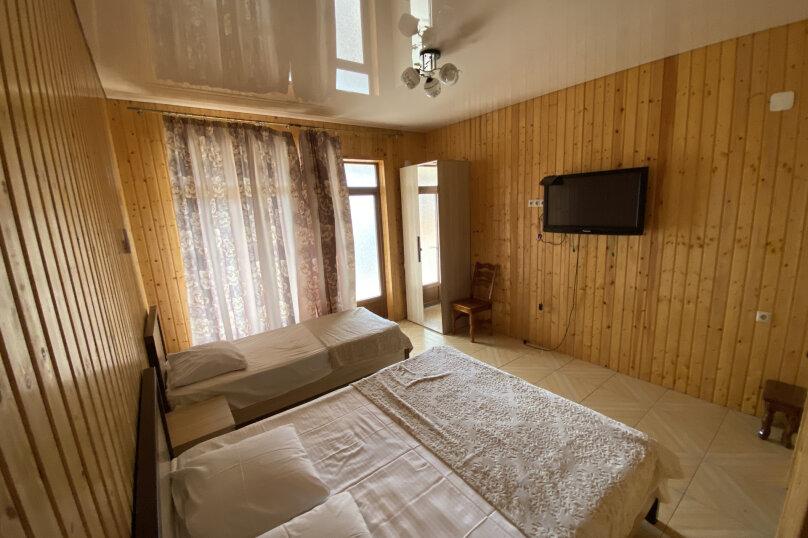 Гостиница 1145459, Приморская улица, 3 на 4 комнаты - Фотография 24