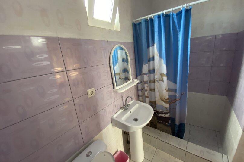 Гостиница 1145459, Приморская улица, 3 на 4 комнаты - Фотография 25