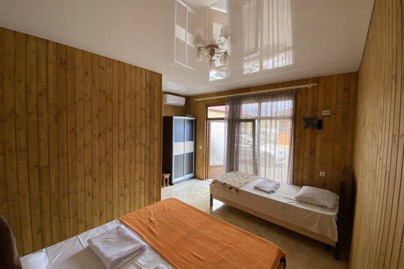 Гостиница 1145459, Приморская улица, 3 на 4 комнаты - Фотография 31