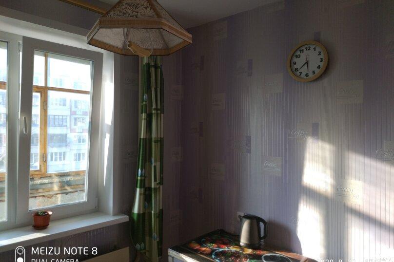 1-комн. квартира, 39 кв.м. на 4 человека, улица Степанова, 34, Тула - Фотография 1