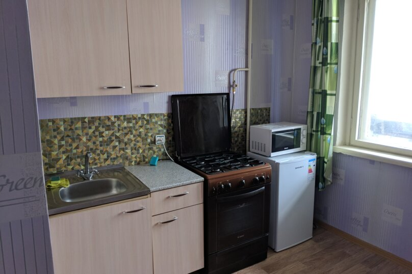 1-комн. квартира, 39 кв.м. на 4 человека, улица Степанова, 34, Тула - Фотография 4