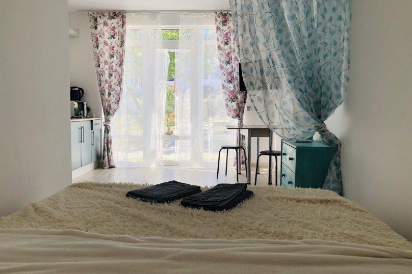 """""""Villa White"""", СВТ Нептун, 311, Щелкино - Фотография 1"""