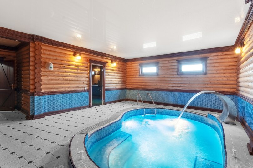 Коттедж с баней и бассейном на 10 гостей, поселок Опушки, Лесная улица, 2А, Симферополь - Фотография 1